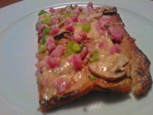gluten free cauliflower pizza 2